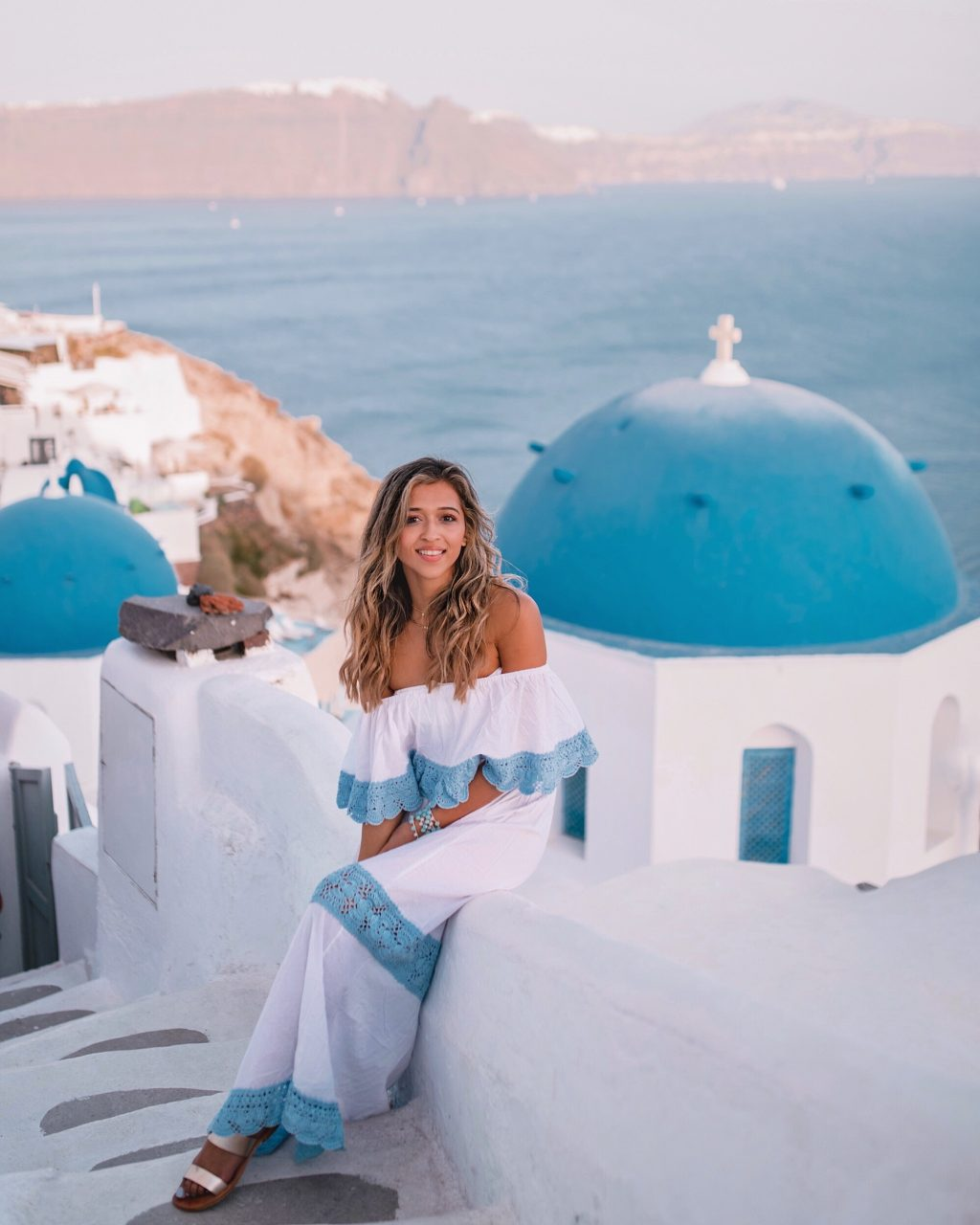 Magical Places To Stay In Europe: Greece : Magical Sunset In Oia, Santorini